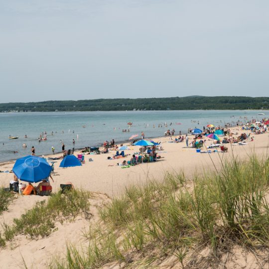 Northern Michigan Itinerary for a Family on a Budget