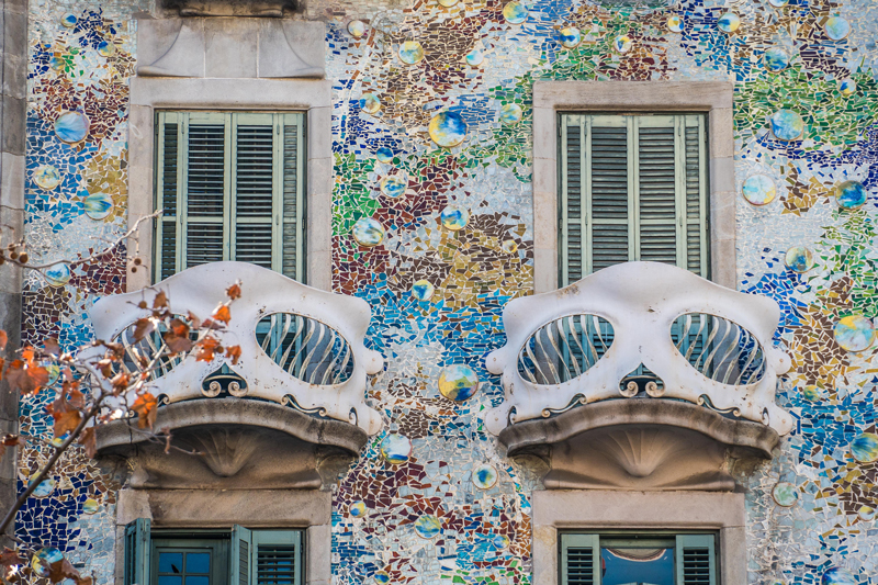 The skull-like balconies of Casa Batllo were a favorite with the kids