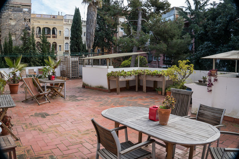 The lovely terrace at Residencia Albergue Studio – a lovely place in Sarria, Barcelona